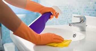 Islington deep gutter Cleaning N1